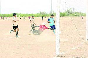 Deportivo Mimí golea al campeón de azteca soccer, Chochos