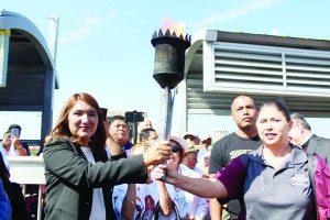 Antorcha Guadalupana llega a Nuevo Laredo