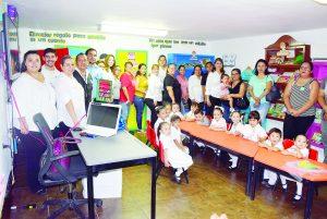 Inauguran biblioteca en Jardín de Niños