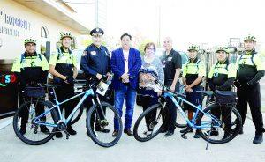 Proveen patrullas y bicicletas a LISD