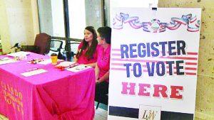 Registran a residentes para que puedan votar