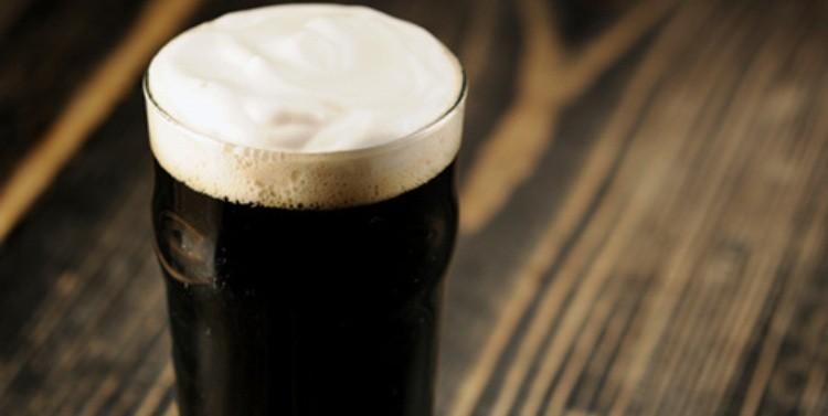 Hershey's y cervecera de EU producirán cerveza de chocolate