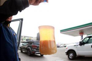 Se descomponen 30 autos tras cargar gasolina en Estado de México