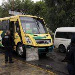 Pasajeros desarman y matan a asaltante en Edo de México