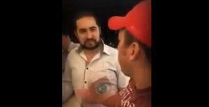 VIDEO: Regidor de Teziutlán encañona con pistola a ciudadano en Puebla; era