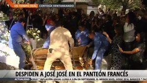 Inhuman cenizas de José José en el Panteón Francés de la CDMX