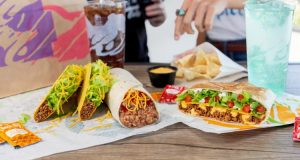 Taco Bell retira 2 millones de lb de carne con partículas de metal