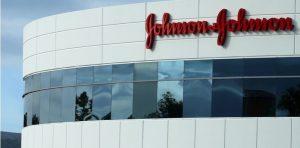 Medicina de Johnson & Johnson hizo que a un hombre le crecieron los senos