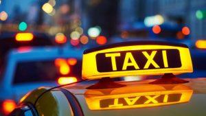 Un hombre dice que, sin tocarlo, lo durmieron en un taxi