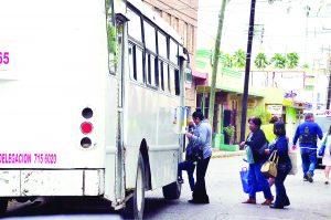 Estado, incapaz de   controlar transporte