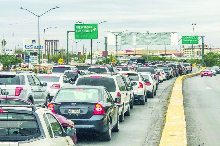 Abarrotan el Puente 2 y el Sentri - Nuevo Laredo