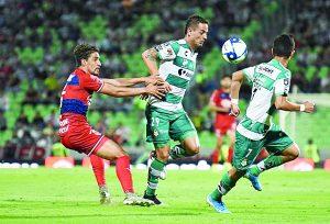 Santos vence a Guadalajara y se queda con la cima de grupo; ambos califican a  los  Octavos
