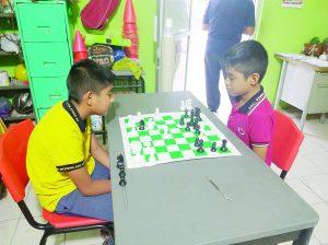 Elevan su coeficiente  mental con el ajedrez
