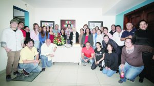 Celebra familia de El Mañana  cumpleaños de la señora Ninfa