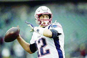 Molesto Brady  con su ofensiva