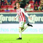 'Pelearán' Águilas y Chivas por Calderón