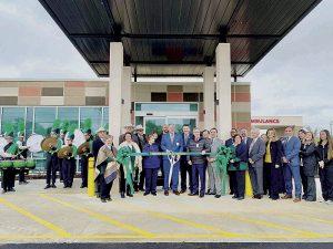 Inauguran clínica  para emergencias