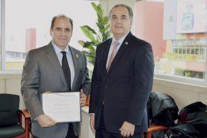 Recibe Dr. Ricardo Solís importante nombramiento