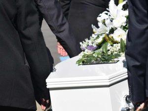Niño de 12 años muere tras recibir patada en el pecho en la escuela