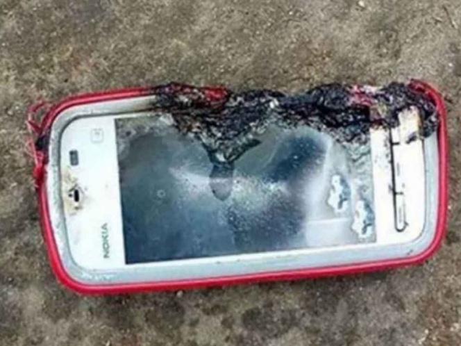 Mamá cargaba su celular con la vecina mientras su bebé moría en incendio