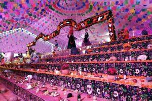 Rompe Hidalgo récord con altar de muertos