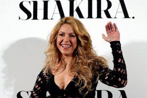 Rendirá Shakira homenaje a latinos en el Super bowl