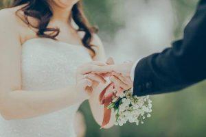 Entre más cara la boda, menos dura el matrimonio: Estudio
