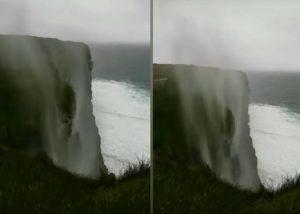 Fuerte viento hace que cascada comience a ir hacia arriba