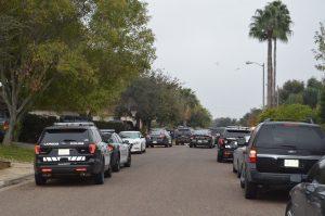 Buscan casa por casa evidencias sobre tiroteo en Laredo