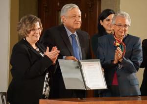 En este gobierno no habrá machismo: AMLO firma Acuerdo Nacional por la Igualdad entre Mujeres y Hombres