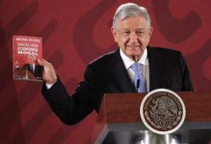 Nuevo libro de AMLO es el más vendido en Amazon y Apple