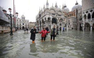 Venecia bajo el agua: declaran estado de emergencia
