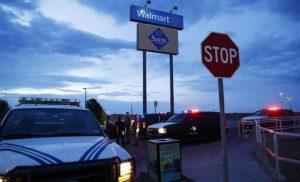 Mexicanos presentan denuncia contra Walmart por ataque en El Paso