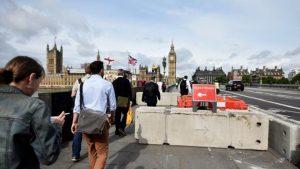 Cierran puente de Londres por disparos