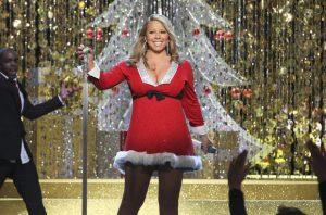 VIDEO: Así inaugura Mariah Carey la temporada navideña