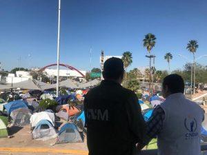 Instalan carpas para migrantes en Matamoros