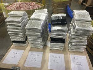 Hallan en EU 3 millones en barriles de carne hacia México