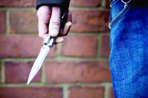 Restringen tiendas horario por asaltos