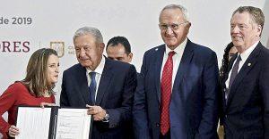 Ratifican cambios a T-MEC; un triunfo para todos: AMLO