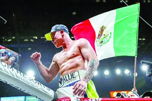 Deja Saúl Álvarez vacante cetro de Semicompletos