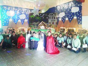 Representan alumnos el Nacimiento de Jesús