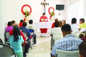 Evitar discriminar  por VIH, pide Obispo