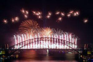 VIDEO: Reciben el 2020 en Australia