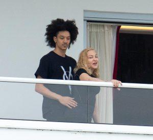Madonna, en romance con bailarín de 25 años