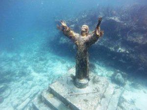 VIDEO: El impresionante Cristo del Abismo