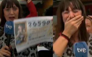 En pleno enlace, reportera se entera que ganó la Lotería de Navidad