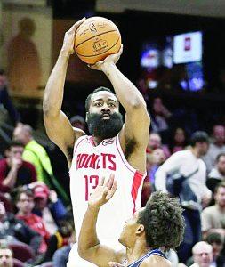 'La Barba' anota 55 unidades ante cavaliers  para conducir a los Rockets a la victoria