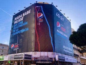 Pepsi devuelve felicitación a Coca-Cola antes de Navidad