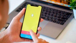 Arrestan a niña que amenazó por Snapchat con matar a dos compañeros