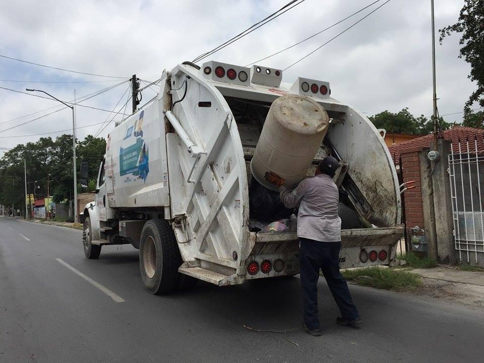 Pretenden cobrar por recoger basura en Tamaulipas